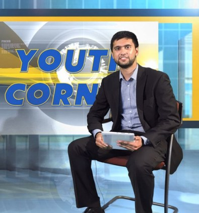 Presenting the chat show web series Youth Corner (Photo credit: LB24tv)