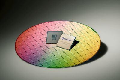 qualcomm centriq 2400 wafer processor color