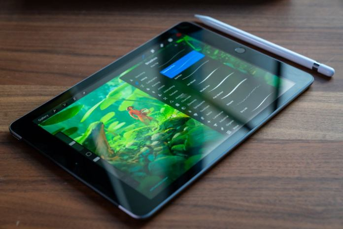 Glare on 2018 9.7-inch iPad