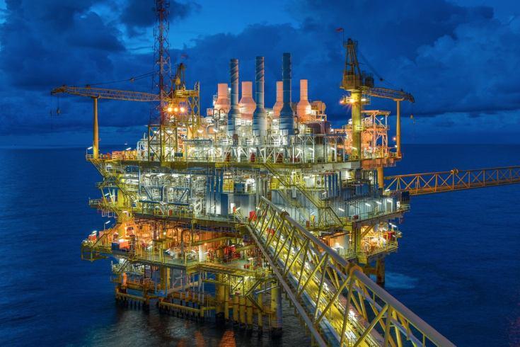 6 industrial iot oil rig oil drilling cranes