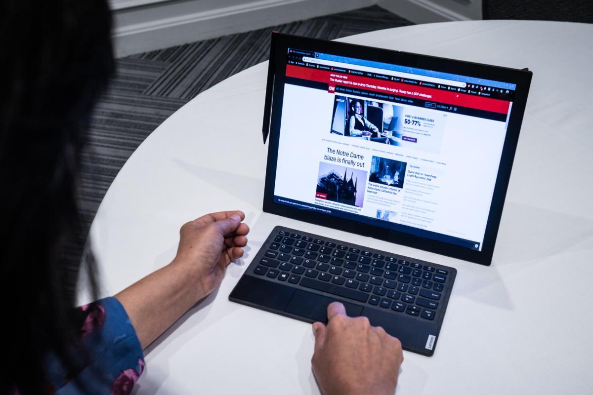 Lenovo Thinkpad X1 Foldable Tablet First Look Pcworld