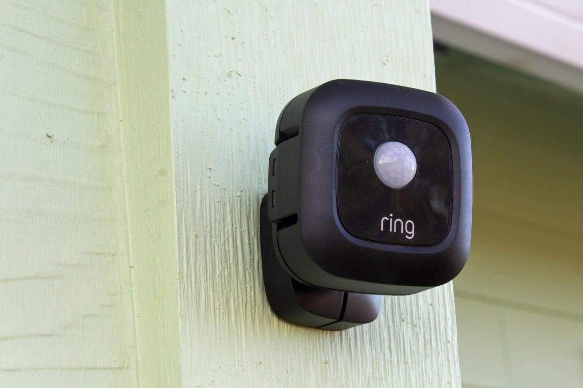 ring smart lighting motion sensor