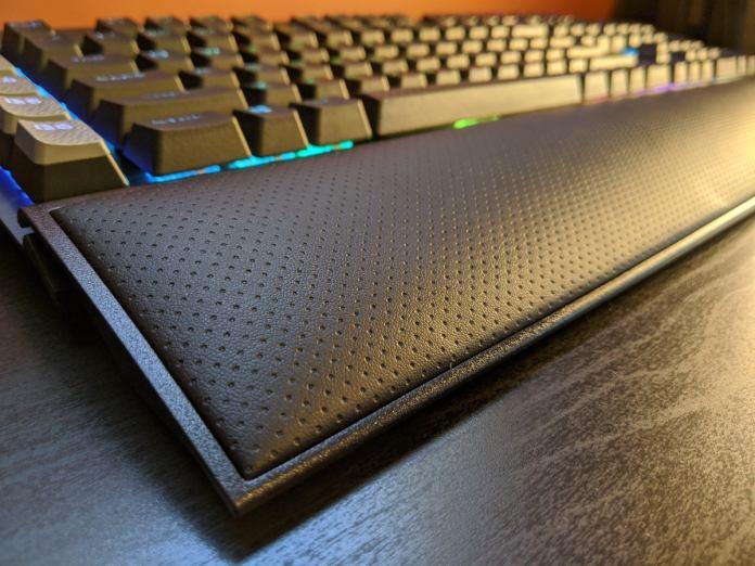 Corsair K95 Platinum XT