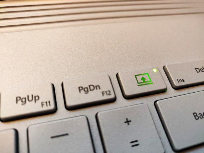 Microsoft Surface Book 3 detach key