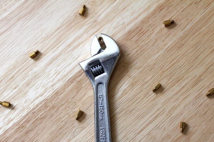 adjustable wrench crescent wrench pc building tools