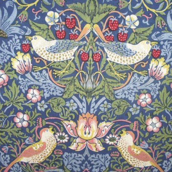 Ladrón de fresas-crédito William Morris Society