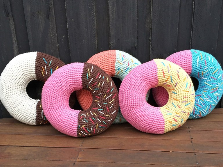 large donut cushion pattern gathered