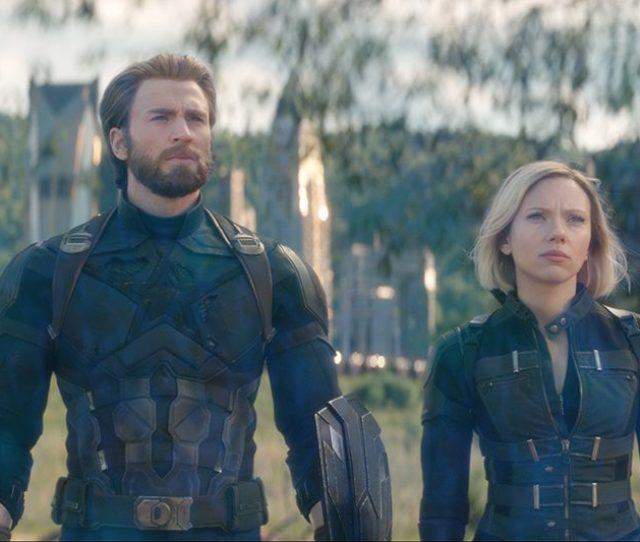 Chris Evans Captain America And Scarlett Johanssons Black Widow In Avengers Infinity War