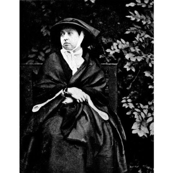 Queen Victoria Lytton Strachey Who First Published