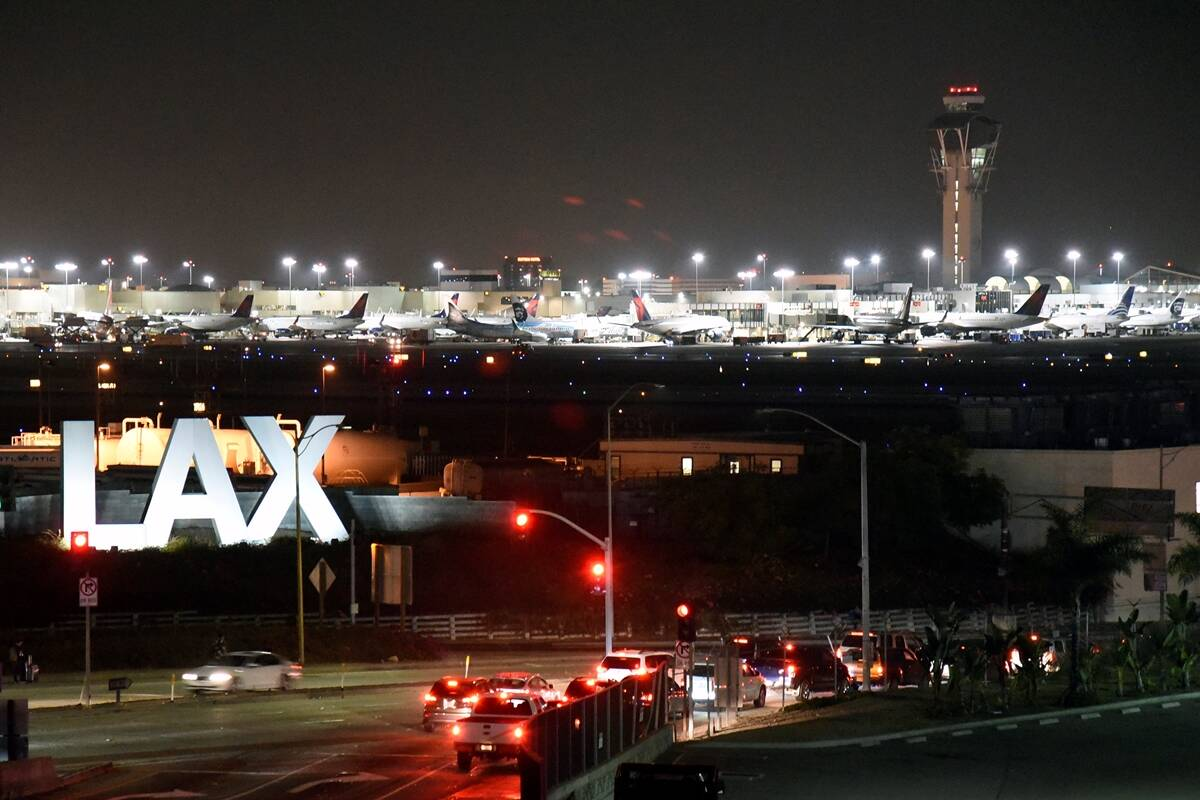 Man in jetpack noticed above LA airport, 2nd sighting in two months