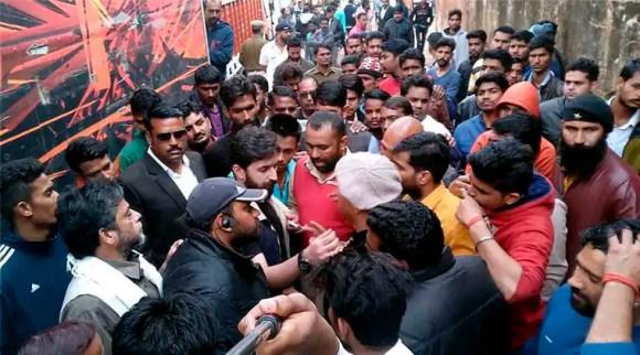 sanjay leela bhansali, padmavati, sanjay leela bhansali beaten, bhansali slapped, bhansali attacked, sanjay leela bhansali slapped, bhansali padmavati, entertainment news, indian express news