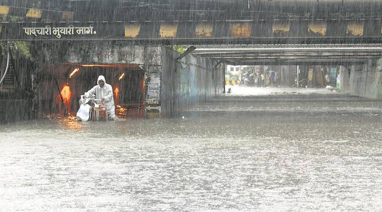 Extreme rainfall, central India, rainfall events, flooding incidents, global warming, erratic weather pattern, Indian Institute of Technology, University of Maryland, Indian Institute of Tropical Meteorology, carbon dioxide increase, moist air, cloud formation, declining monsoonal rainfall