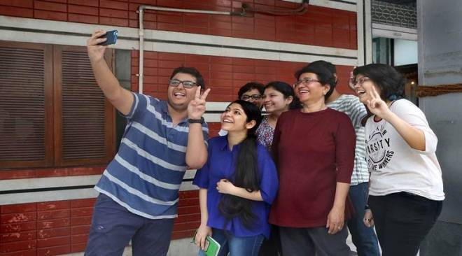 Board exams 2018: Know how much minimum to score to pass class 10, 12