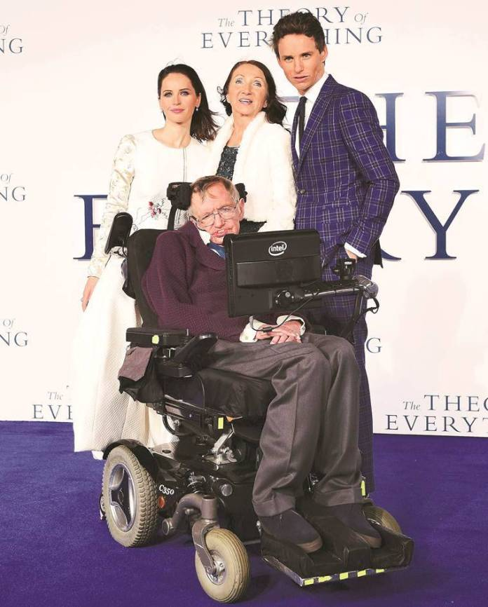 Stephen Hawking at the UK premiere of The Theory of Everything