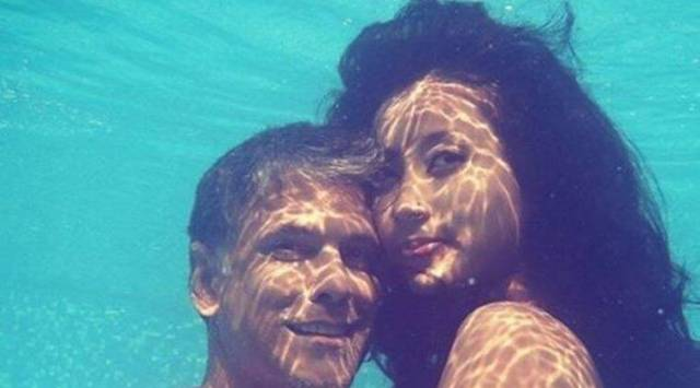 Milind Soman and Ankita Konwars underwater photo will wash away your Monday blues