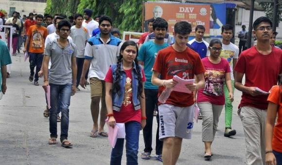 JEE Main 2018: CBSE to release official answer keys by April 24; check cut-off and result date
