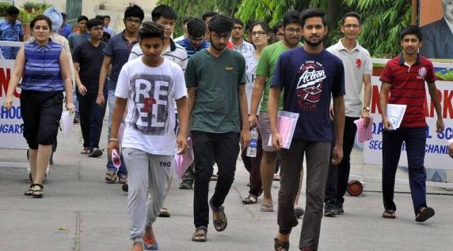 JEE Mains 2018 LIVE updates: Analysis, answer keys, students reaction