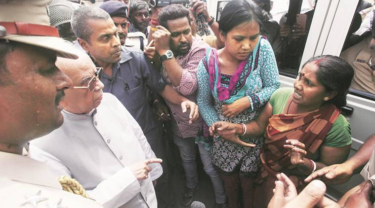 Asansol: West Bengal Governor visits riot areas, stays off Muslimlocalities