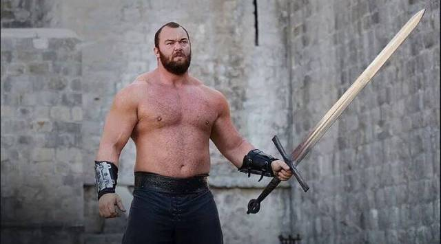 Game of Thrones actor Hafþór Júlíus Björnsson becomes the Worlds Strongest Man