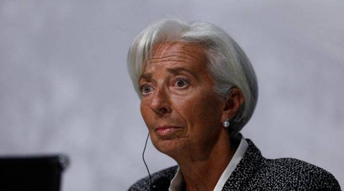 Plane carrying IMF's Christine Lagarde makes emergency landing in Argentina