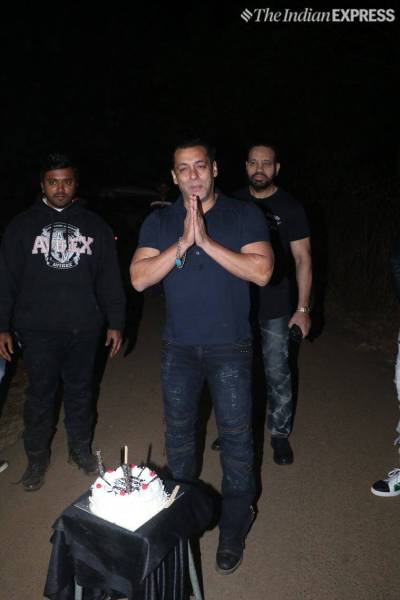 Salman Khan Cuts Birthday Cake With Nephew Ahil In Panvel Farmhouse