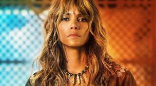 Halle Berry responds to radio host who compared her skin colour to 'toast  level' | Lifestyle News,The Indian Express