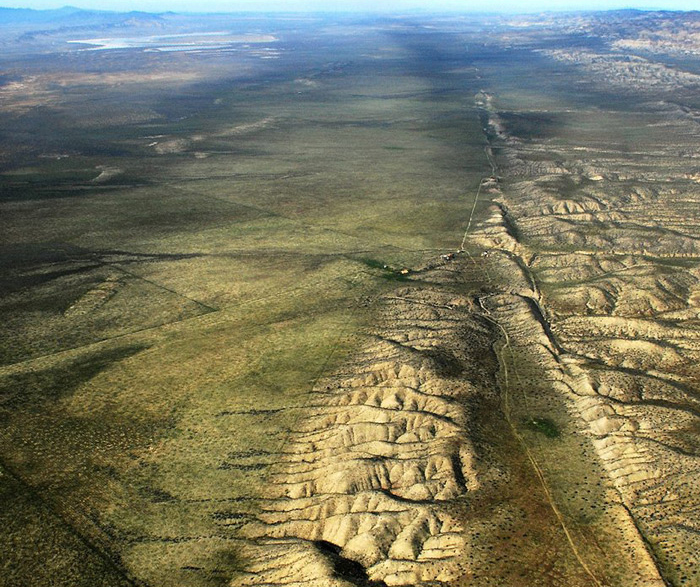 "The San Andreas Fault in California. Could acoustic fluidization be involved in how geological plates slip? (CC BY John L Wiley <a href=""http://flickr.com/jw4pix"">http://flickr.com/jw4pix</a>)"