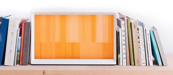 Samsung Serif sur une étagère
