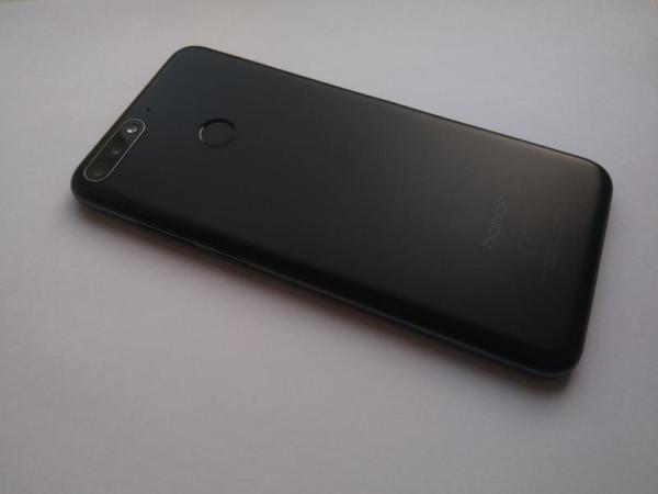 Смартфон Huawei Honor 7c 3/32 Gb с NFC + чехол - 1999 ...