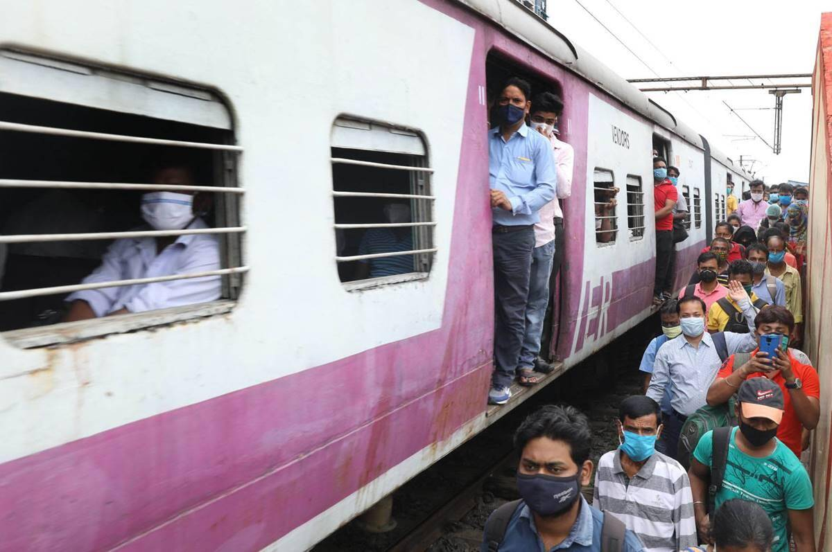 Indian Railways IRCTC Who can check your ticket while traveling in the train learn here – Indian Railways, IRCTC: Who can check your ticket while traveling in the train?  learn here