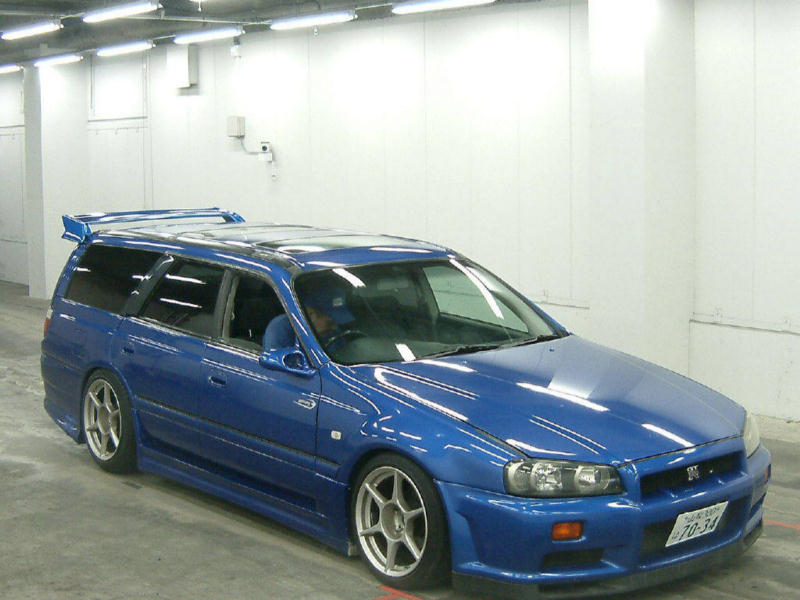Blue Nissan Skyline GTR Wagon