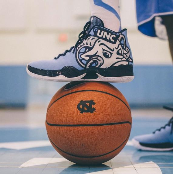 Tar Heel Nike Shoes