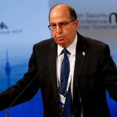 Former defense minister apologizes for statement against Israeli-Arabs