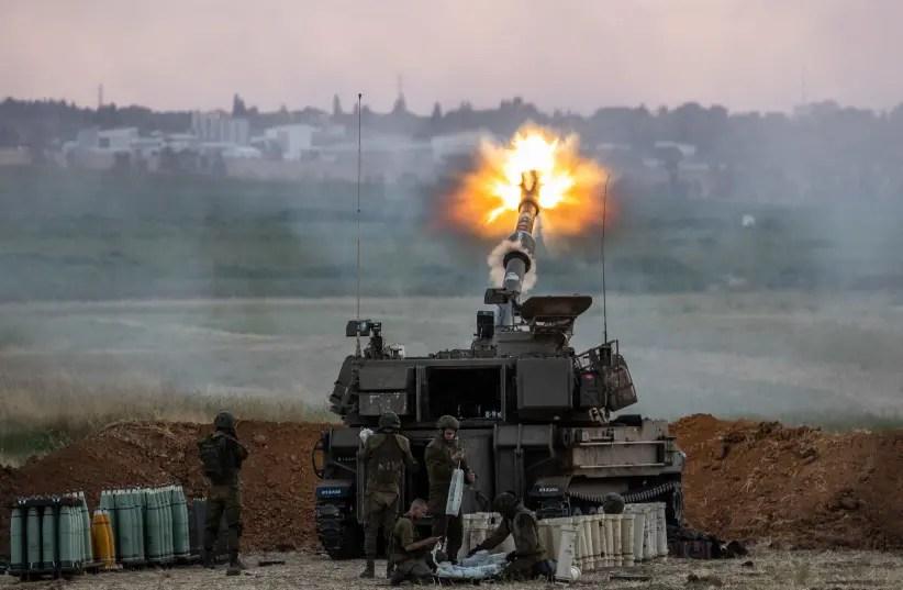 Gantz, Netanyahu: IDF to continue Gaza campaign, achieve long-term quiet