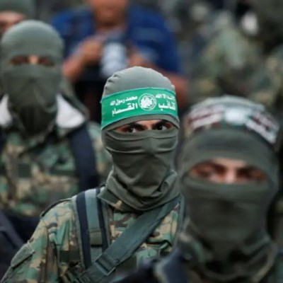 Hamas: We are closely following events in Jerusalem, al-Aqsa