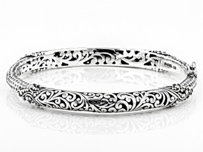 Pre Owned Artisan Gem Collection Of Bali       Sterling Silver Filigree     Pre Owned Artisan Gem Collection Of Bali       Sterling Silver Filigree Hinged  Bangle Bracelet