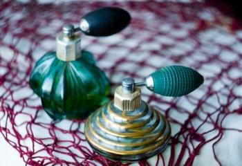 Эксперимент стойкости:  туалетная вода или парфюмированный спрей