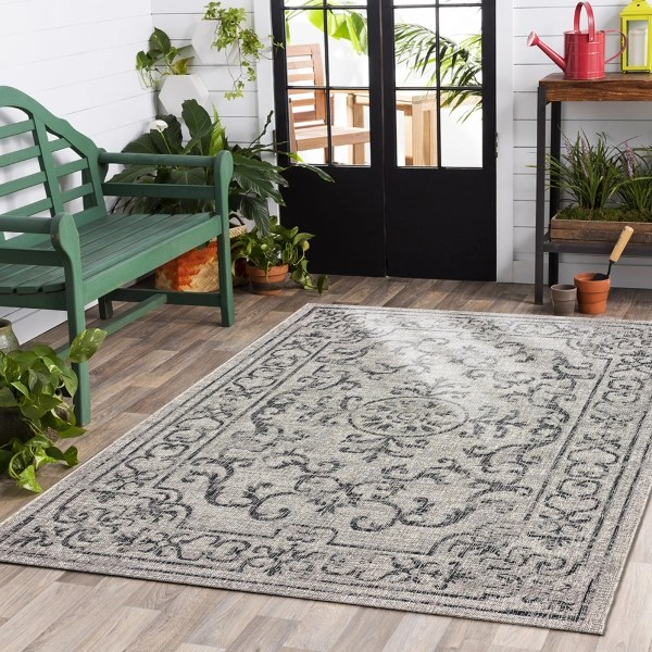 traditions sun shower outdoor area rug 7x10
