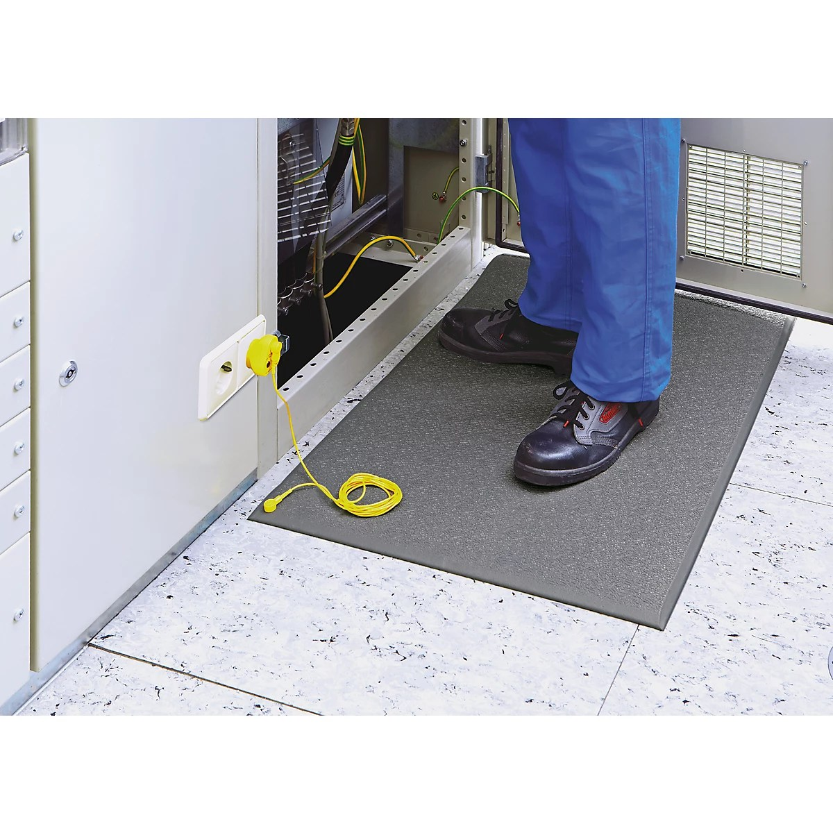 tapis anti fatigue conducteur cobastat avec cable de mise a la terre section