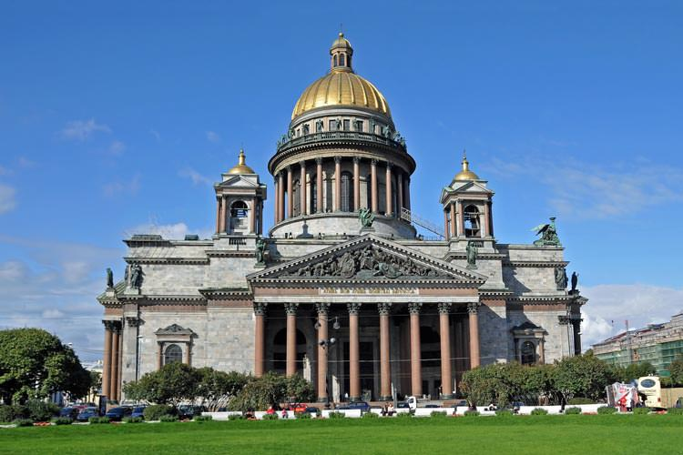 St-Isaac's-Cathedral-State-Museum-Memorial4