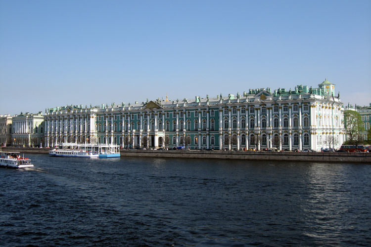 State-Hermitage-Museum-and-Winter-Palace