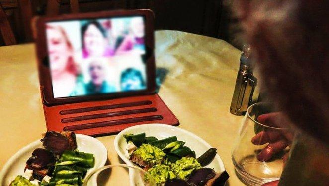 Apéro zoom, clic'n'collect, visio : à Tarascon-sur-Ariège, les aînés formés au numérique