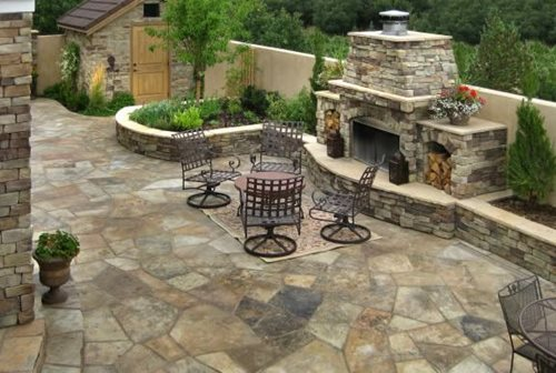 How to Install Flagstone - Landscaping Network on Flagstone Backyard Patio id=86999