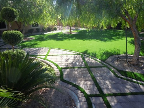 Artificial Turf Backyard - Landscaping Network on Turf Backyard Ideas id=68066