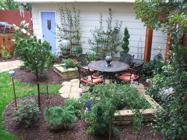 Small Backyard Design - Landscaping Network on Small Backyard Landscaping  id=37892