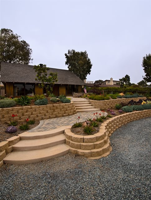 Retaining and Landscape Wall - Calimesa, CA - Photo ... on Wall Ideas For Yard id=41388