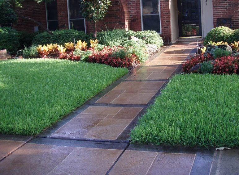 Concrete Walkway Design - Landscaping Network on Concrete Front Yard Ideas id=92256