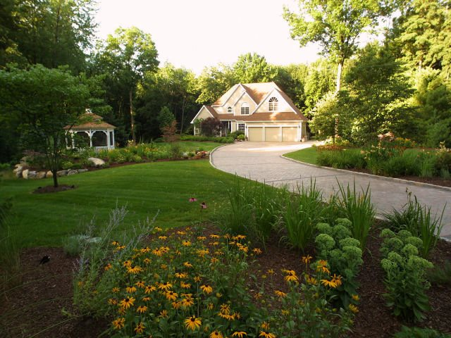 Front Yard Landscaping Ideas - Landscaping Network on Big Backyard Landscaping Ideas id=57587