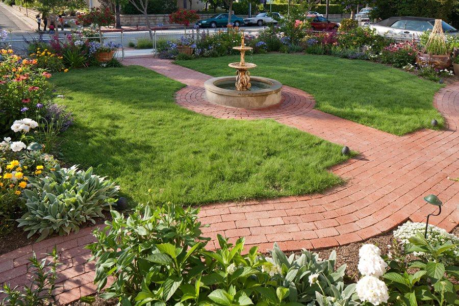Brick Walkway Ideas - Landscaping Network on Backyard Walkway Ideas id=14292