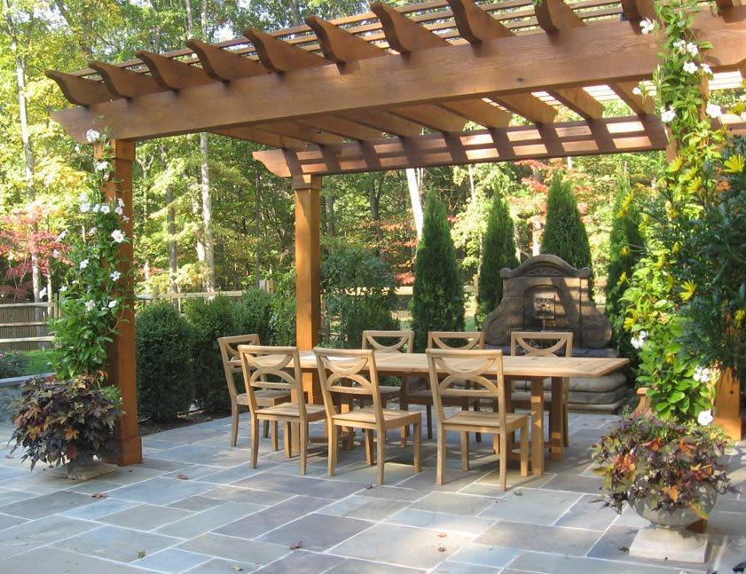 Flagstone Patio - Benefits, Cost & Ideas - Landscaping Network on Small Backyard Stone Patio Ideas id=92130